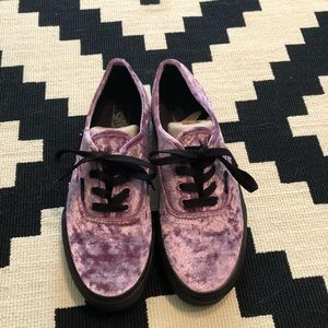 Vans purple velvet authentic